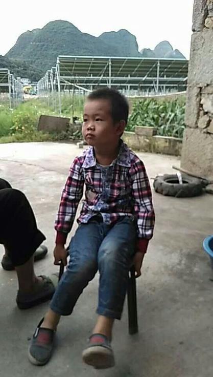 安心记加班:优生优育的今天,农村留守儿童之痛谁关注?