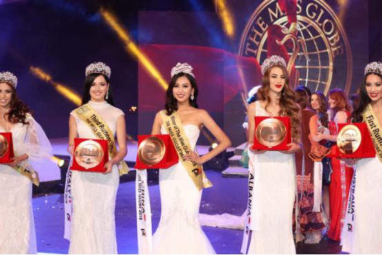 中国赢了!于易洲夺得2018环球国际小姐世界总冠军
