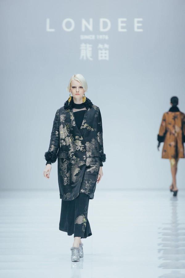 上海时装周华丽闭幕,看见最摩登华美中国风