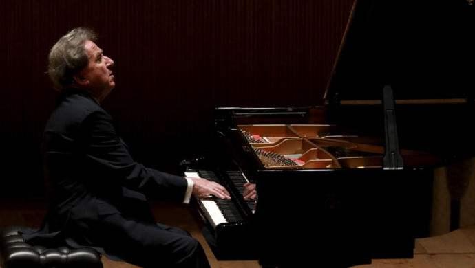 罗思朱尼厄斯钢琴携手贝多芬钢琴音乐会