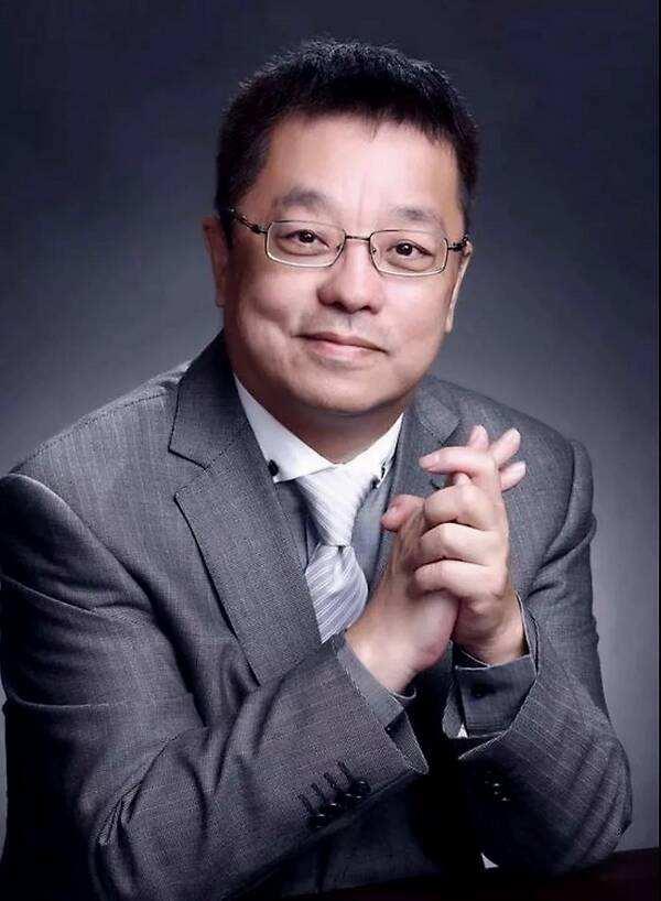 著名作曲家张宏光
