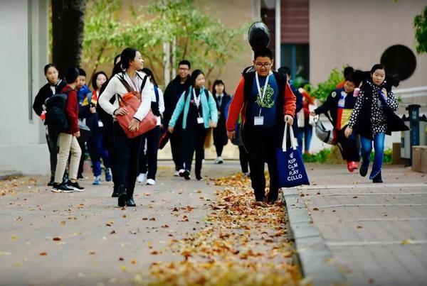 天津茱莉亚学院:每周一我都在想,如果今天是周五就好了……