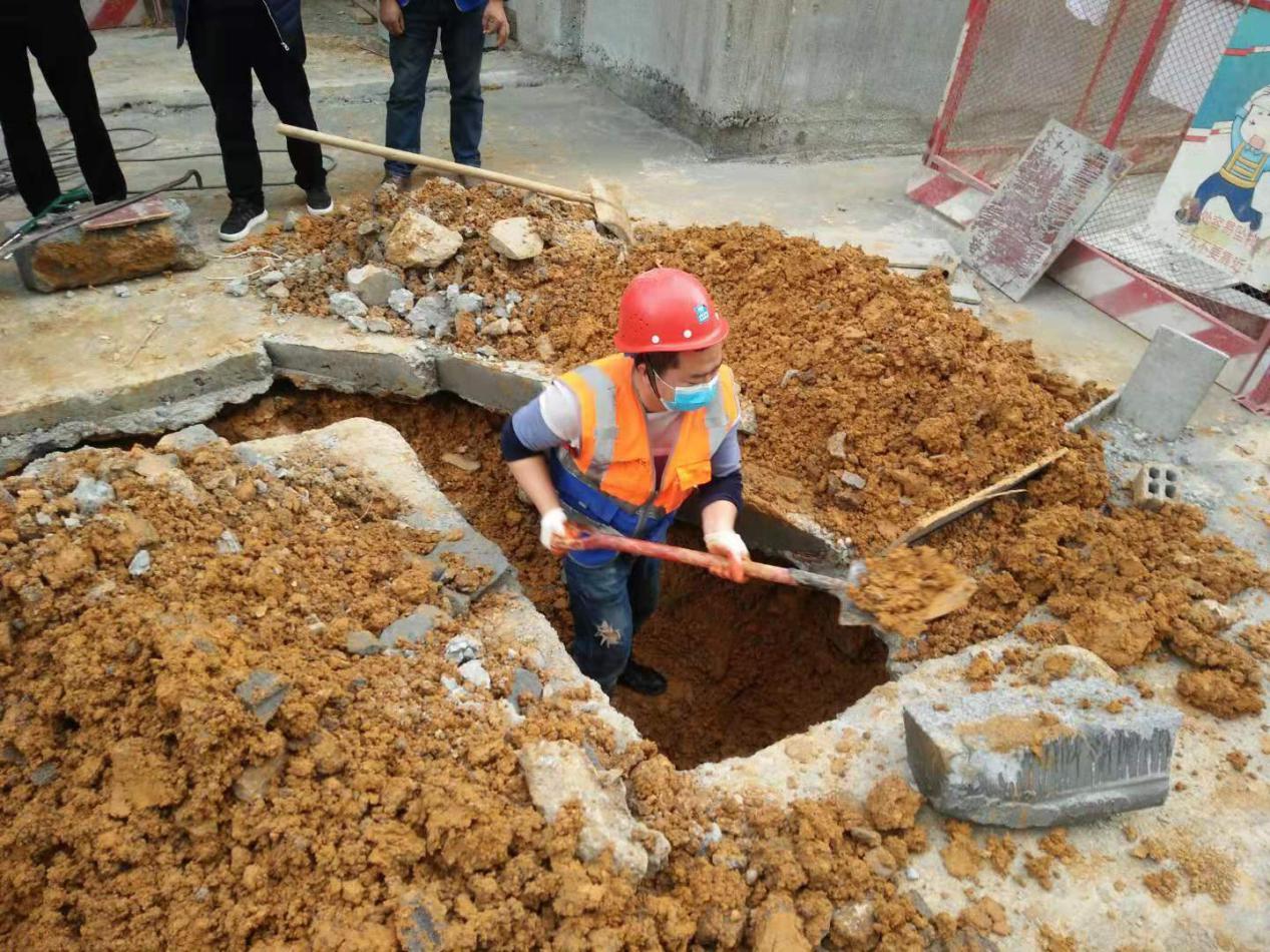 【贵州分公司】遵义中医院项目抢修遵义红花岗区冠状病毒隔离区-照片 (7)
