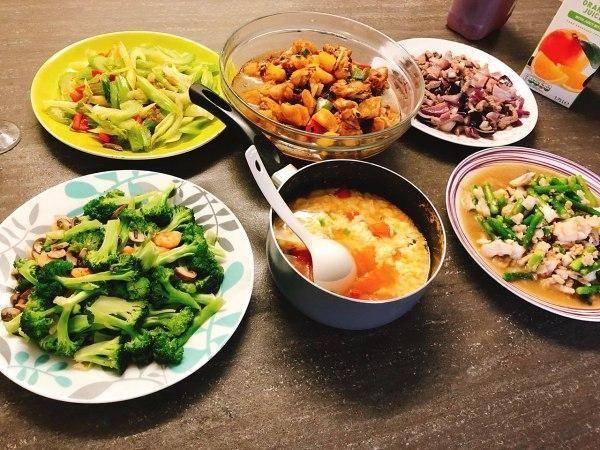 老年人吃晚餐大有讲究,专家给出这4个饮食小建议要牢记!
