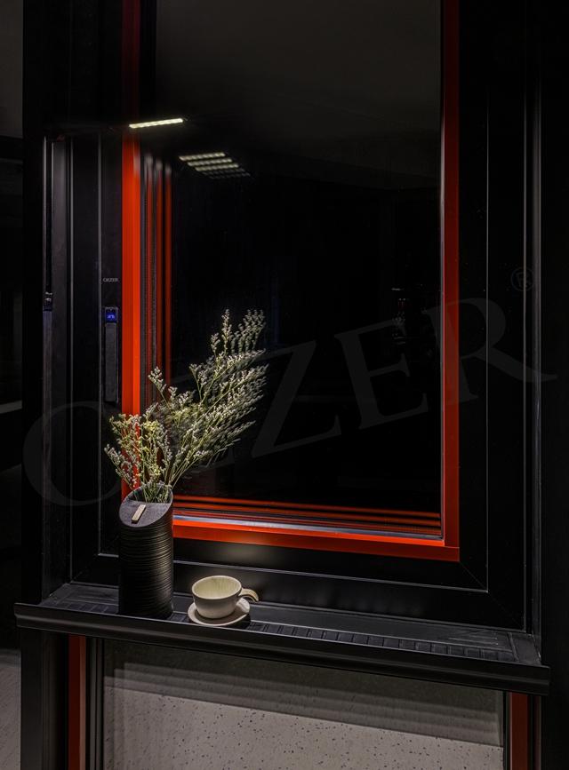 门窗十大品牌,欧哲门窗设计大师款平开窗喜获金点奖!