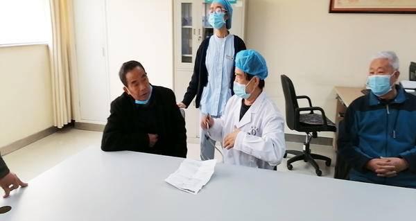 名医效应日突显 慕名求医人众多——河南中汇心血管病医院心血管外科团队